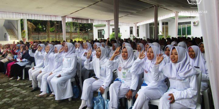 Komisi IX DPR RI dan BKKBN NTB Ajak Remaja Lombok Timur Menjadi Genre Ceria