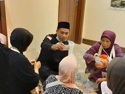 L Eddy Purnama, Alumni Profesi Ners STIKes Hamzar yang Menjadi Petugas PKHI 2019