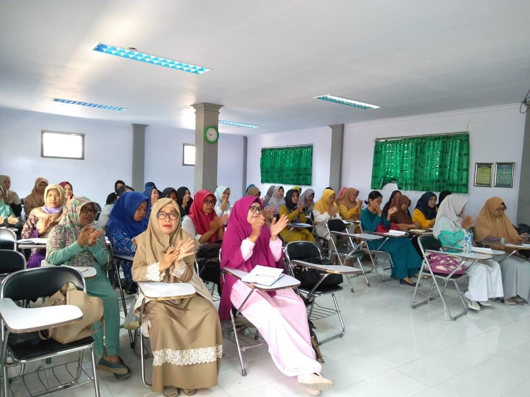 STIKes Hamzar, PTS Penyelenggara Profesi Bidan Pertama di Indonesia